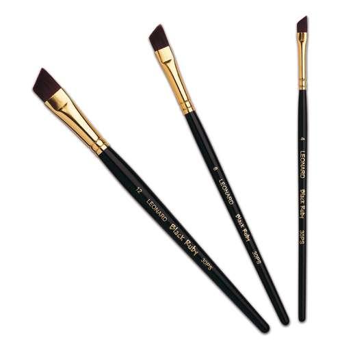 Léonard Series 30PS Black Ruby Chisel Brushes